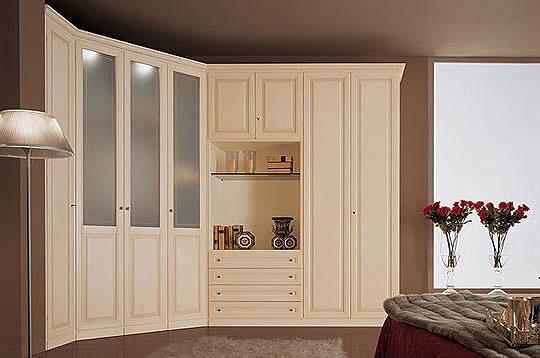 Шкафы с распашными дверями – это уже прошлый век